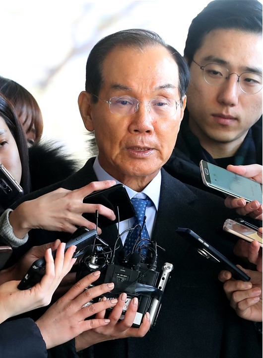 '다스(DAS) 미국 소송비' 이학수 전 삼성그룹 부회장 소환